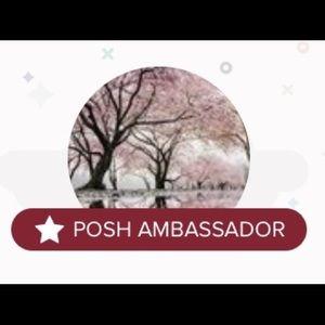 •poshmark ambassador•